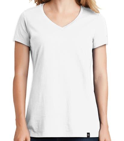 New Era Women's Heritage Blend V-Neck T-shirt - White