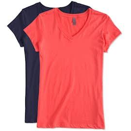 District Juniors Vintage Wash V-Neck T-shirt